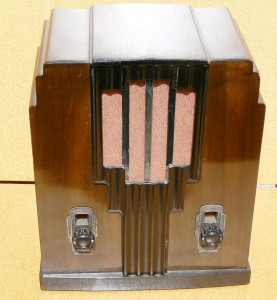 Fully restored timber art deco chrome grill Radio