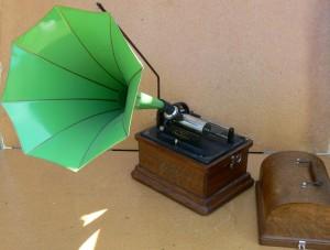 Edison Fireside Phonograph