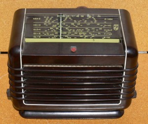 Phhilips Mantle Radio 1950's