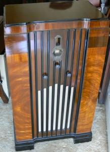 Raycophone Art Deco Console Radio